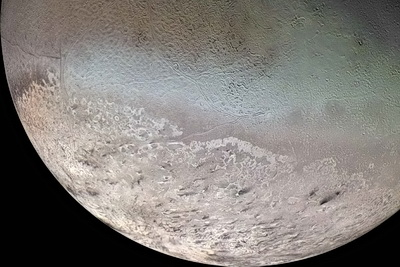 Triton from Voyager 2, 8/25/89